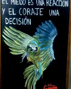 Tomar decisiones nos permite vivir mejor, nos otorga control sobre nuestras vidas para tener determinacion y enfrentarnos con coraje, perdiendo el miedo a elegir un camino, en determinado momento.  Feliz jueves!!! COMPÁRTELA. GRACIAS