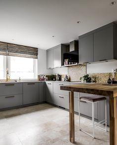 #kvik #kvikkitchen #kitchendesign #danishdesign #tactobykvik #interiordesign #home #interior #kitcheninspiration #newkitchen #cooking ⠀ .⠀ .⠀ .⠀ .⠀ .⠀ #køkkeninspiration #kökinspiration #kjøkkeninspiration #keittiö #keukeninspiratie #cuisine #cocinas