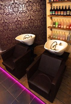 Backwash on the ground floor at Samuel David Hairdressing Salon in Westbury-on-Trym Bristol