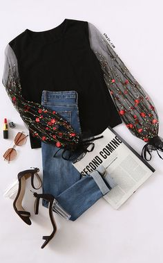 Vine Flower Embroidered Mesh Sleeve T-shirt