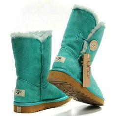 2016 new style cheap Ugg Boots Outlet,Discount cheap uggs on sale online for shop.Order the high quality ugg boots hot sale online. Ugg Winter Boots, Snow Boots, Rain Boots, Uggs For Cheap, Cheap Boots, Buy Cheap, Ugg Bailey Button, Boots For Sale, Looks Cool