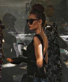 Fashion Classy Elegant Glamour Vintage Style 53 Ideas For 2019 Classy Aesthetic, Aesthetic Vintage, Photographie Glamour Vintage, Vintage Glamour, Vintage Models, Vintage Beauty, Elegantes Outfit Frau, Look Fashion, Fashion Outfits