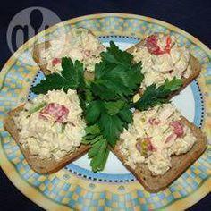 Kolorowa sałatka z tuńczyka @ allrecipes.pl