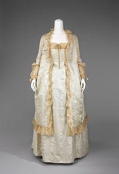Tea Gown - c. 1875-1880 - The Metropolitan Museum of Art.