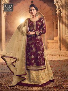 Rs4,900.00 Lehenga Anarkali, Blouse Lehenga, Lehenga Indien, Gold Lehenga, Lehenga Suit, Lehenga Style, Bridal Lehenga, Diwali, Embroidered Kurti