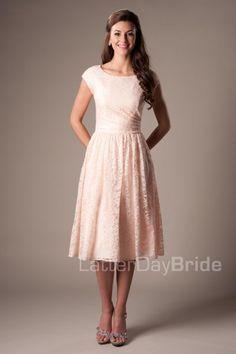 julie_front_modest_bridesmaid_dress - All About Modest Dresses, Modest Outfits, Modest Fashion, Pretty Dresses, Beautiful Dresses, Formal Dresses, Trendy Fashion, Evening Dresses, Fashion Outfits
