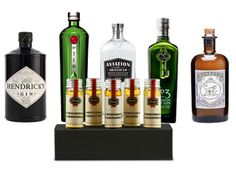"""""""I'm on a Gin & Tonic diet. So far I've lost 2 days!"""" Flaviar tasting pack 'Dr. Sylvius Gin Lane' featuring five amazing gins: Hendrick's Gin, Tanqueray No.TEN Gin, Aviation Gin, No.3 - London Dry Gin, Monkey 47 Schwarzwald Dry Gin"""
