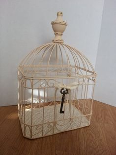 Metal Birdcage Painted Distressed Shabby Chic vintage White Home Garden Decor Shabby Chic Cottage, Shabby Chic Homes, Birdhouse Ideas, Birdhouses, Bird Cages, White Houses, Vintage Home Decor, Etsy Vintage, Decorative Boxes