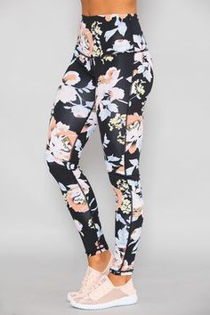 8ce5e753ac41b 102 Best Leggings images in 2019   Fitness fashion, Gym outfits ...