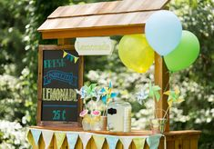 rincon_limonada_post_las_tres_sillas Balloon Pump, The Balloon, Bridal Shower Decorations, Wedding Decorations, Table Decorations, Helium Filled Balloons, Yellow Balloons, Natural Rubber Latex, Balloon Bouquet