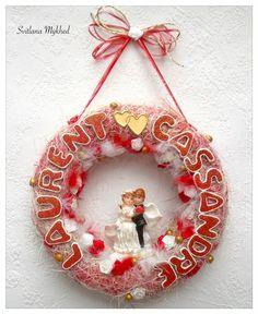 """Couronne de mariage """"Laurent et Cassandre"""". Déco de mariage avec les prénoms des mariés (personnalisable) : Décorations murales par perles-et-couronnes"""