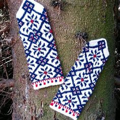 Mittens in May?  Yes, if you are living in Latvia ❄⛄😊😉 Shop gorgeous and warm hand- knitted mittens online: www.tines.lv  We have wide range of ethnographic mittens, mittens with lining and double felted mitts.  Price range: 24.50 € - 37.00€ ▪ETHNOGRAPHIC ▪HAND- KNITTED ▪100% WOOL ▪TRADITIONAL