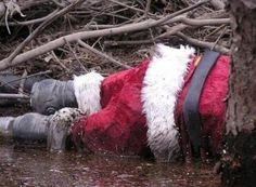 Funny Awkward Christmas Photos of the Strange & Odd Creepy, Scary, Wacky Holidays, Christmas Photos, Family Christmas, Awkward, How To Look Pretty, Weird, Xmas