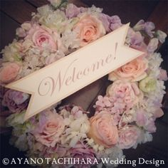 -Tuesday Post- Welcome Wreath Wedding Welcome Board, Welcome Boards, Welcome Wreath, Wreath Crafts, Wedding Designs, Wedding Blog, Wedding Flowers, Floral Wreath, Place Card Holders