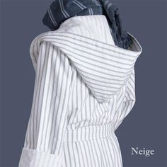 Striped hooded bathrobe white and grey stripe