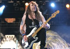 "Iron Maiden - die ""Eisernen Jungfrauen"" live on Stage (Foto: Public Address)"