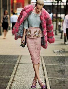 """couture-dolls:  """"Cocktail Dress""""ELLE Italia, December 2013Model: Lindsay Ellingson"""