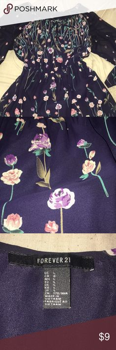 F21 floral dress In great condition! Has 3/4 sleeves with a cinched waist. Forever 21 Dresses