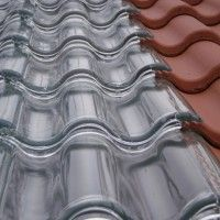 Tesla solar tiles are on the market: they cost less than a normal . - Tesla solar tiles are on the market: they cost less than a normal roof and have an unlimited guaran - Sustainable Building Materials, Sustainable Design, Sustainable Energy, Roofing Materials, Sustainable Tourism, Energy Efficient Homes, Energy Efficiency, Solar Energy, Solar Power