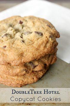 Copycat Doubletree Chocolate ChipCookies - #cookies
