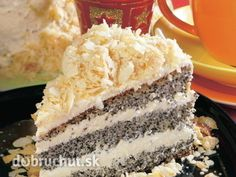 Poppyseed Cake with Almond Crumble [Maková torta s mandľovou posýpkou] Czech Recipes, Ethnic Recipes, Poppy Seed Cake, Vanilla Cake, Tiramisu, Almond, Sweets, Cheesecake, Dishes
