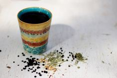 Get five elderberry tea recipes for cold and flu, strong bones and healthy hair, protecting the heart and eyes, supporting digestion, and boosting the immune system. Cold Home Remedies, Natural Home Remedies, Herbal Remedies, Elderberry Tea, Marshmallow Root, Chicory Root, Aromatic Herbs, Tea Recipes, Random Stuff