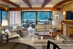 Stunning 3 Bdrm Penthouse, Downtown Telluride, CO, Private Hot Tub, WiFi, A/C