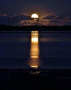 Seaside moon.