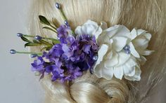 Check out this item in my Etsy shop https://www.etsy.com/listing/504916211/bridal-hair-comb-wedding-comb-decorative