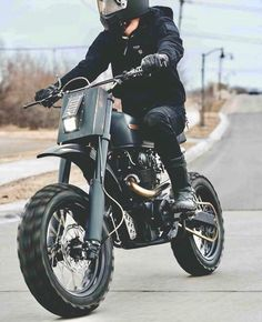 """86a847ef98ff5 Boss Bikes Motorcycles on Instagram  """"How much fun does this  74 CB450 by"""