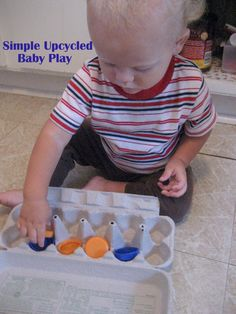 The Good Long Road: Simple Ideas for Baby Play at Home - Upcycle! Toddler Play, Baby Play, Baby Toys, Infant Play, Infant Activities, Activities For Kids, Earth Day Activities, Childhood Education, Early Childhood