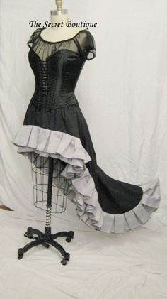 466f609610a5c Steampunk skirt black with grey ruffles Ready by thesecretboutique