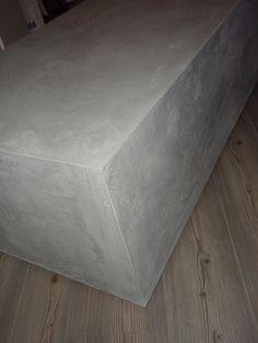 DIY Beton cire over mdf Furniture, Trendy Bathroom Tiles, Bathroom Furniture, Diy Beton, Discount Furniture Online, Furniture Arrangement, Bathroom Tile Designs, Rustic Remodel, Industrial Bar Design