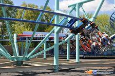 3/13 | Photo du Roller Coaster Jimmy Neutrons - Atomic Flyer situé à Movie Park Germany (Allemagne). Plus d'information sur notre site http://www.e-coasters.com !! Tous les meilleurs Parcs d'Attractions sur un seul site web !! Découvrez également notre vidéo embarquée à cette adresse : http://youtu.be/oYHYQodO8u4
