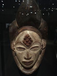 African Masks, African Art, Pottery Art, Sculpture Art, Skull, Batman, Superhero, Fictional Characters, Blank Mask