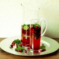 Cranberry mojito - a festive holiday cocktail