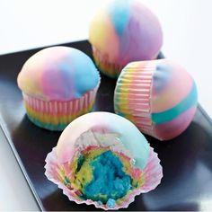 Tie Dye Cupcakes |  #cupcakes