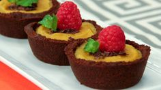 Maple Butternut Tarts - These irresistible tarts. Try Chef Joshna's recipe. Makes 12 Ingredients Crust 24 gingersnaps (thin, crispy, dark brown in colour work best) 1 tbsp maple syrup ¼ cup unsalted. No Bake Treats, Yummy Treats, Sweet Treats, Cookie Recipes, Dessert Recipes, Desserts, Breakfast Recipes, Butter Tarts, Pie