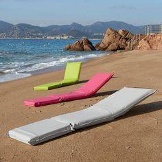 Matelas de plage jan kurtz m80 ou dossier en bois robinier se relaxer en toute l gance comme - Matelas plage avec dossier ...