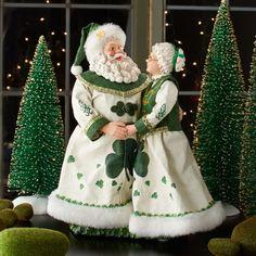 Lucky Couple Santa and Mrs. Christmas Elf Doll, Cosy Christmas, Christmas Time Is Here, Green Christmas, Primitive Christmas, Christmas Tree Toppers, Christmas Ornaments, Christmas Decor, Santa And Reindeer