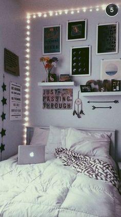 Cute diy dorm room decorating ideas on a budget (33)