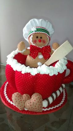 Gingerbread Christmas Decor, Gingerbread Crafts, Christmas Crafts To Make, Crafts To Make And Sell, Gingerbread Man, Christmas Themes, Christmas Decorations, Christmas Fun, Christmas Ornaments