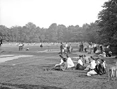 Central Park, the tennis courts, New York, 1900-10