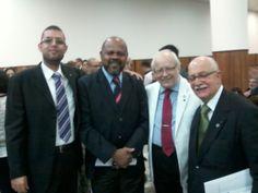 Eu, meu amigo Vereador Bispo João Mendes de Jesus, Reverendo Guilhermino Cunha e Reverendo Isaías de Sousa Maciel.