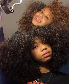 Dyed Natural Hair, Natural Hair Tips, Natural Hair Styles, Baddie Hairstyles, Black Girls Hairstyles, Tumblr Bff, Light Skin Girls, Brace Face, Pelo Afro