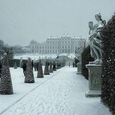Belvedere park under snow