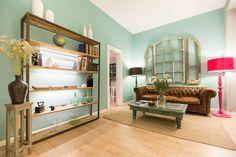 violeta boutique Barcelona Hotels, Barcelona Spain, Boutique, Hostel, Front Desk, Good Night Sleep, Entryway Tables, Europe, Housekeeping