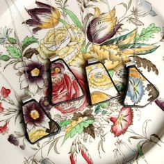 Custom pendants made from broken china make a striking gift for bridesmaids. #EtsyCustom