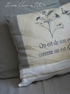 coussin et coupon dentelle oxydee Deco, Bed Pillows, Pillow Cases, Coupon, Throw Pillows, Other, Lace, Pillows, Decoration