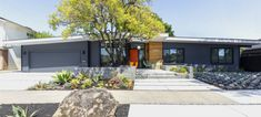 Know Your Home: Mid-Century Modern Style | West | South Ranch Exterior, Modern Exterior, Exterior Paint, Mid Century Ranch, Mid Century House, Modern Ranch, Mid-century Modern, Golden Sword, Mid Century Exterior